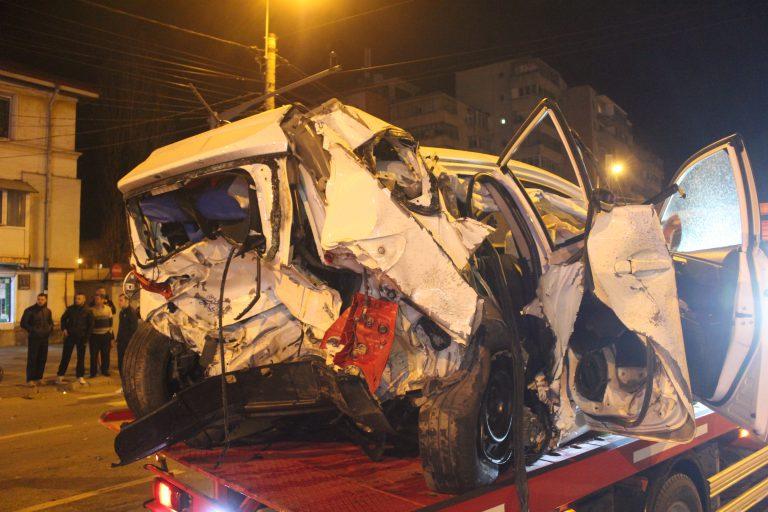 Imagini cu Accidentul de la Granit! Avocatul Circula cu Viteza Incredibila